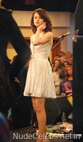 selena-gomez-dress